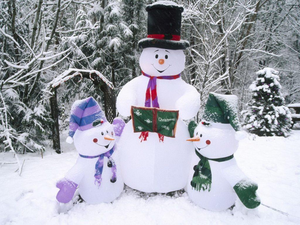 novogodnie-snegoviki-oboi-orig