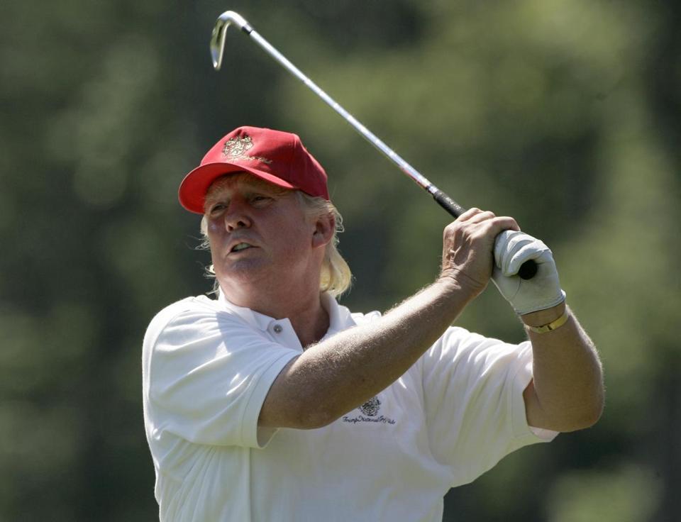 trump_golf